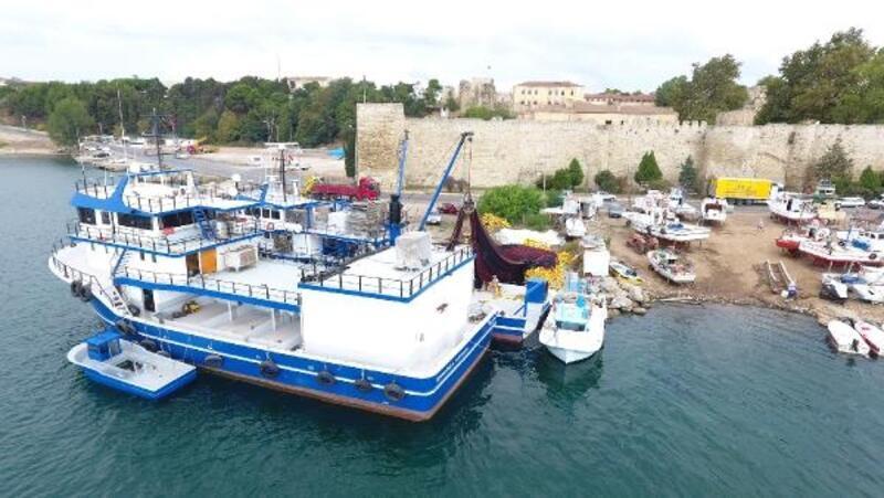 Karadenizli balıkçılar av sezonuna hazırlanıyor