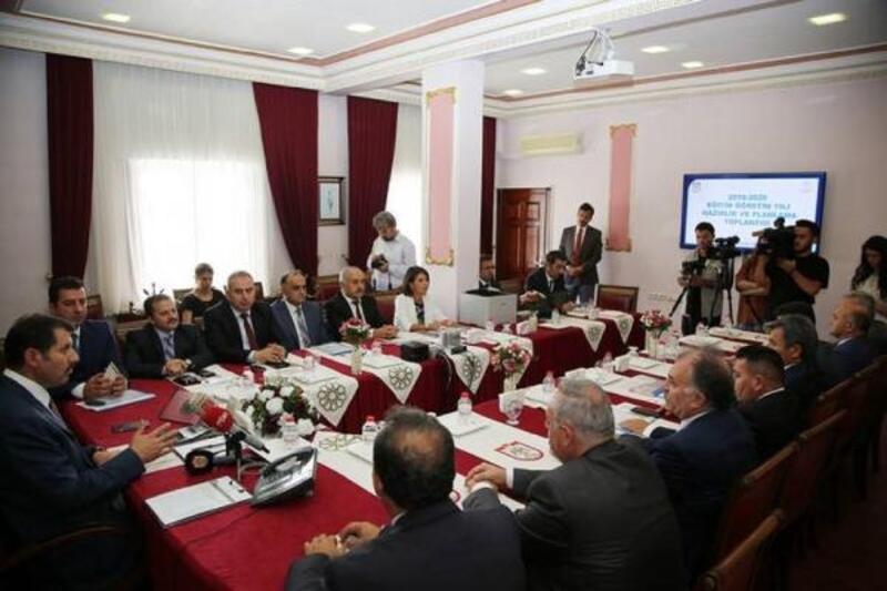 Sivas'ta tekli eğitime geçiliyor