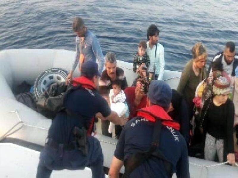 Didim'de 74 kaçak göçmen yakalandı