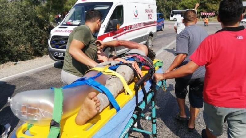 Mersin'de kaza: 2 ölü, 13 yaralı