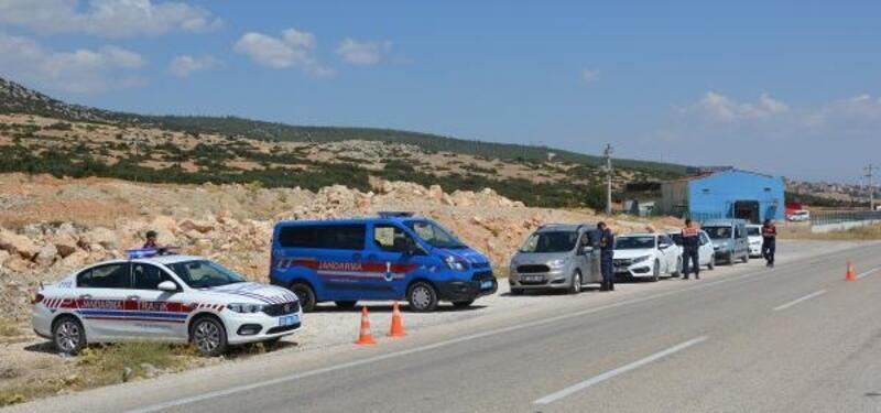 Jandarmadan yol kontrolü