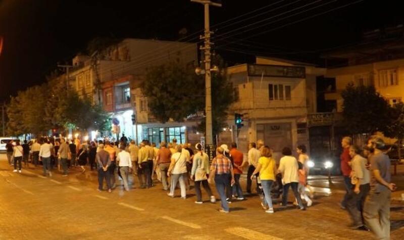 Gölbaşı'nda meşaleli Zafer Bayramı yürüyüşü