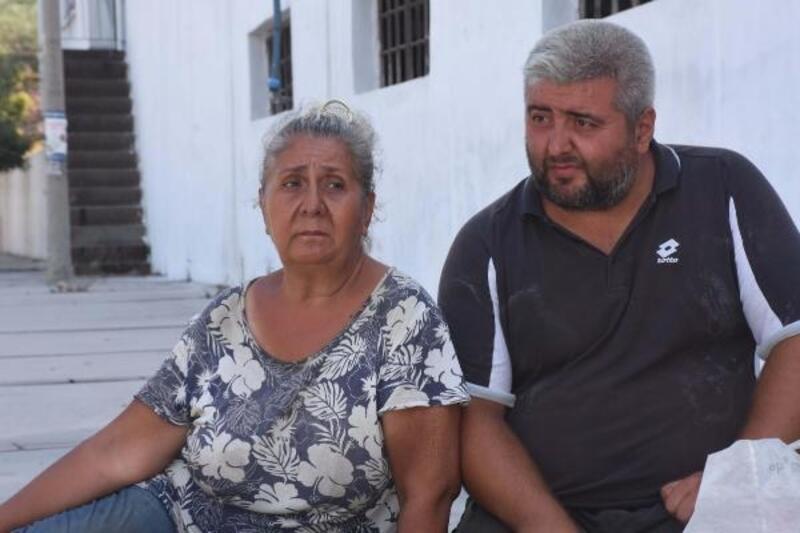 Kaldırımda yaşayan anne ve oğlunun dramı