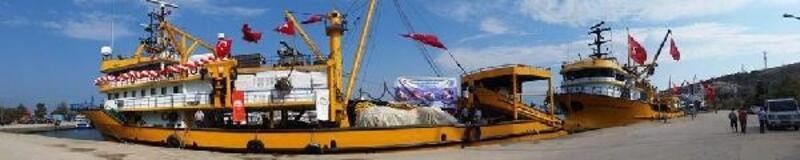 Bandırmalı balıkçılar,  'Vira Bismillah' dedi