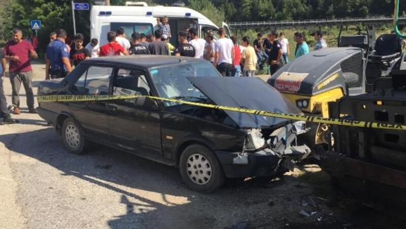 Karabük'te 2 otomobil çarpıştı: 9 yaralı