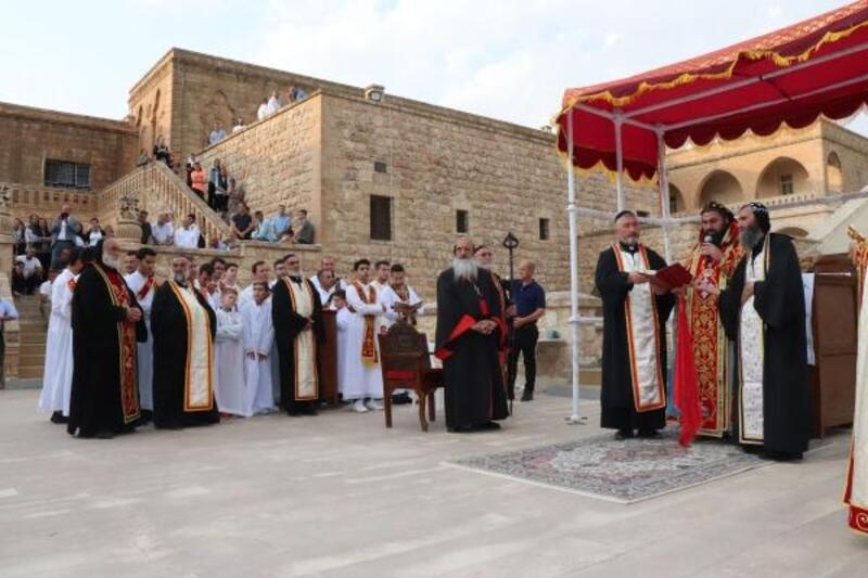Midyat'ta 5 bin Süryani, Mor Gabriel'i andı
