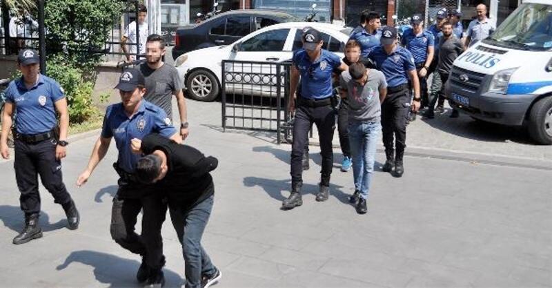 Cezaevi firarisini hastaneden kaçırmak isteyen 7 şüpheli adliyede