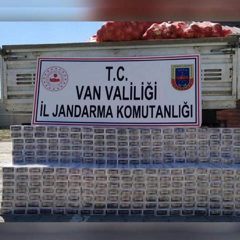 Soğan çuvallarının altından 4 bin paket kaçak sigara çıktı