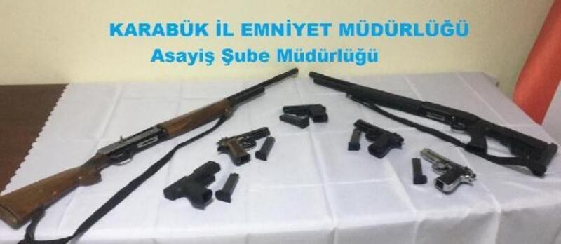 Karabük'te düğünde silah bulunduran 17 kişi hakkında soruşturma