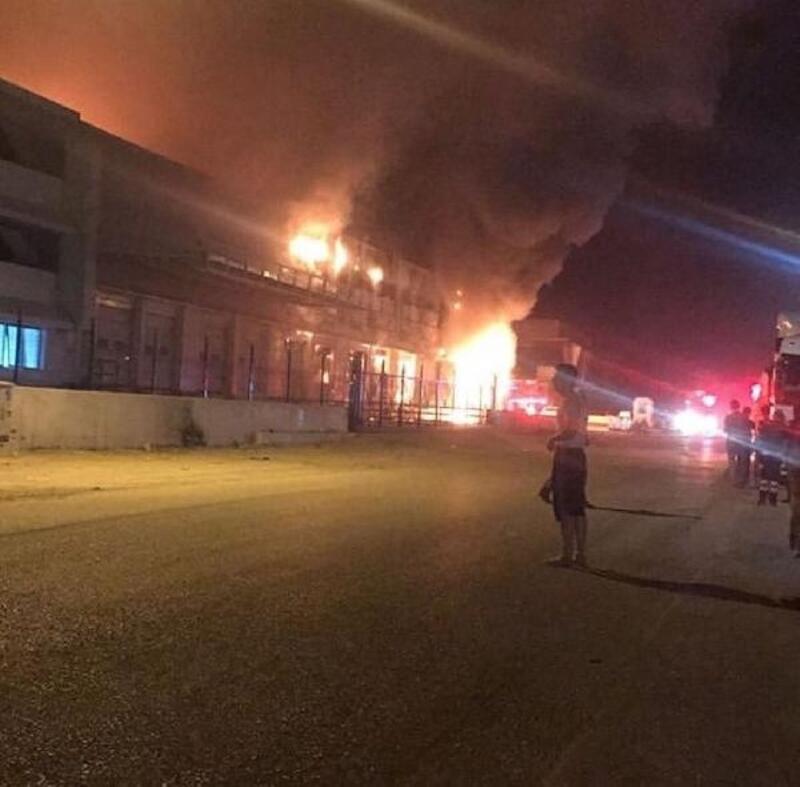 İzmir'de ekmek fabrikasında yangın