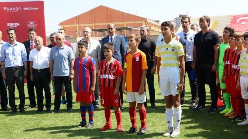 Niğde'de U12 Cup turnuvası başladı