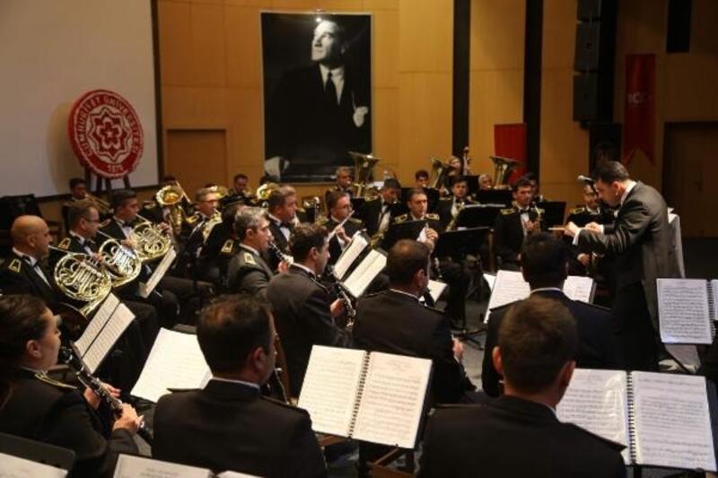 Türk Silahlı Kuvvetleri Armoni Mızıkası'ndan Sivas'ta konser