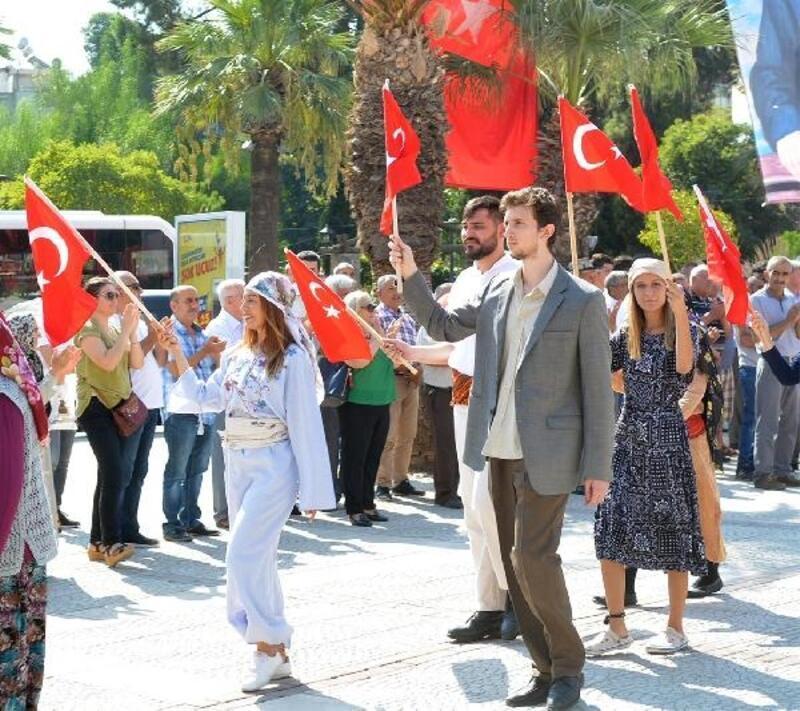 Turgutlu'da kurtuluş günü kutlaması