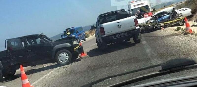 Kamyonetle çarpışan otomobilin sürücüsü öldü