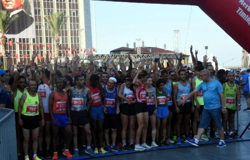 İzmir'de 9 Eylül Yarı Maratonu heyecanı