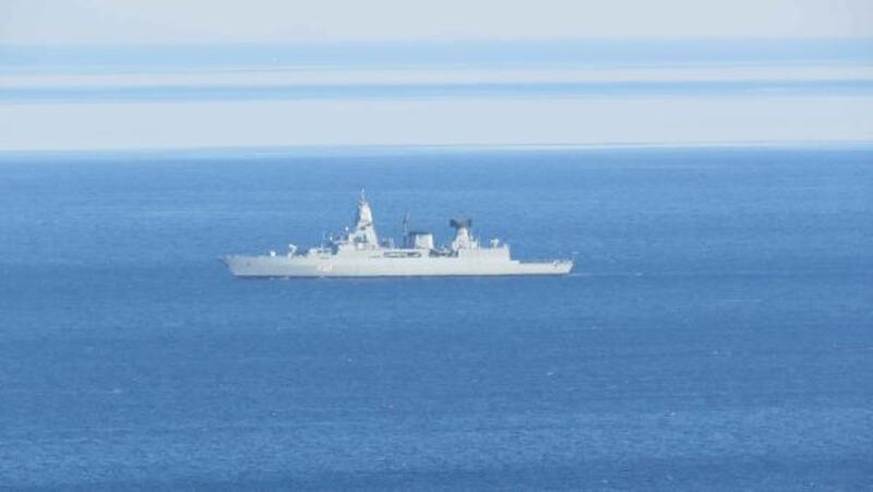 NATO gemisi, Kuzey Ege'de kaçak geçişlere karşı devriye görevi yapıyor
