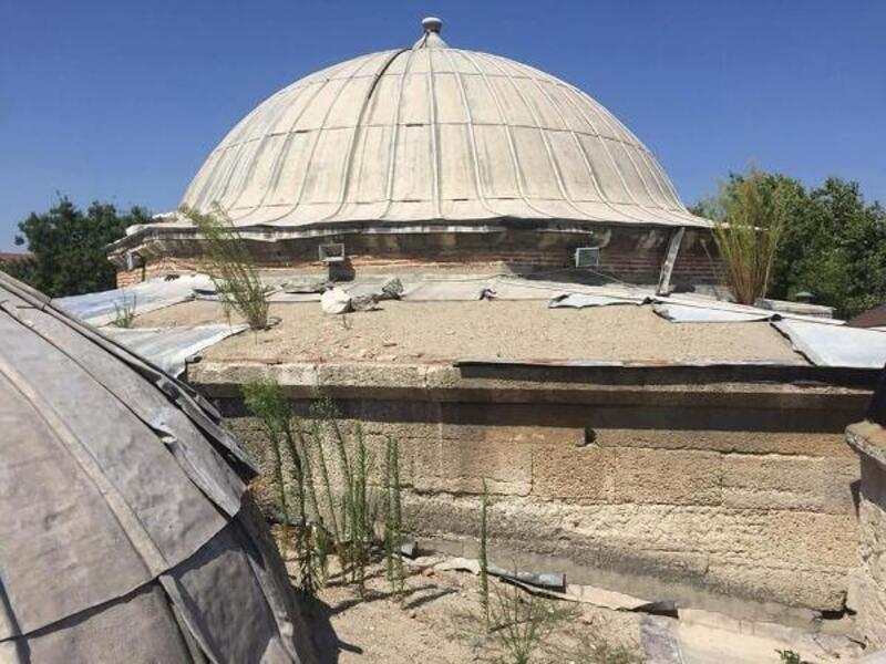 Sokullu Mehmet Paşa Camii külliyesinin kurşunları çalındı