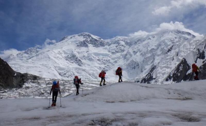 25 Yıl sonra ölüm dağı 'Pobeda'ya çıkarak 'Kar leoparı' ünvanı aldı