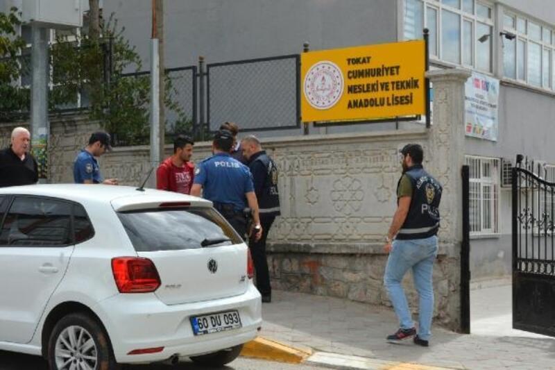 Tokat'ta okul çevreleri ve servis araçları denetlendi