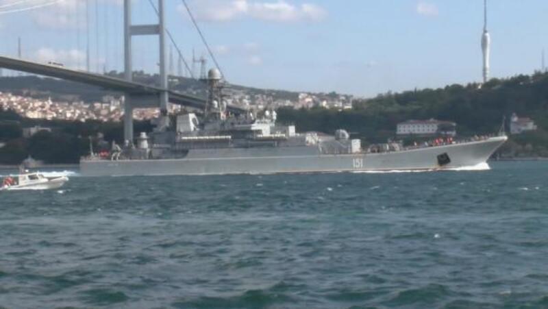 Rus savaş gemisi Akdeniz'e ilerliyor