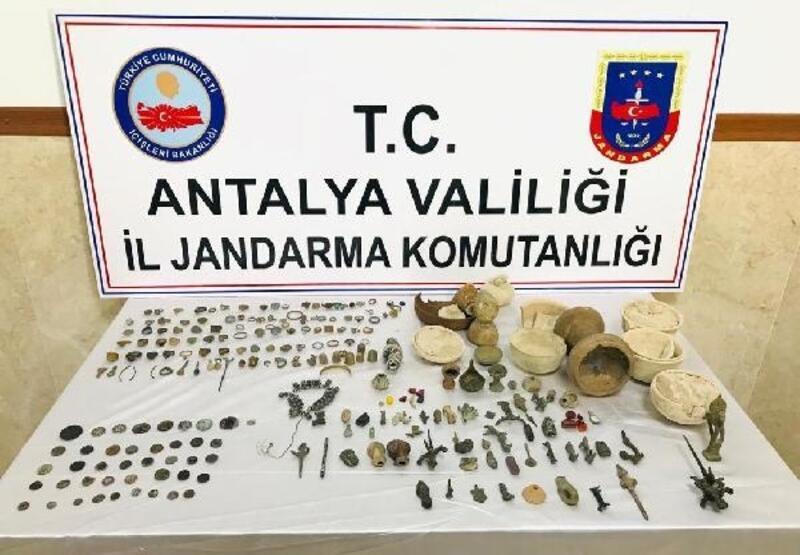 Antalya'da tarihi eser operasyonu