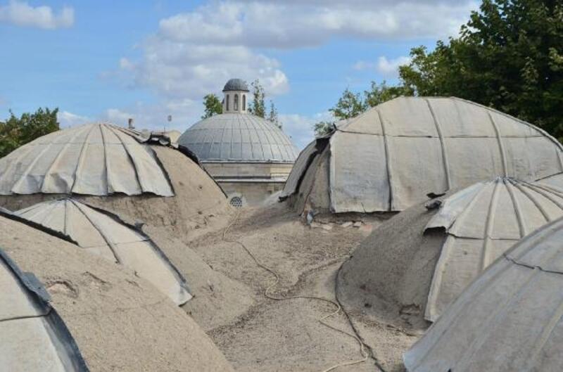 Tarihi camiden çalınan kurşunların maliyeti 100 bin lirayı bulacak