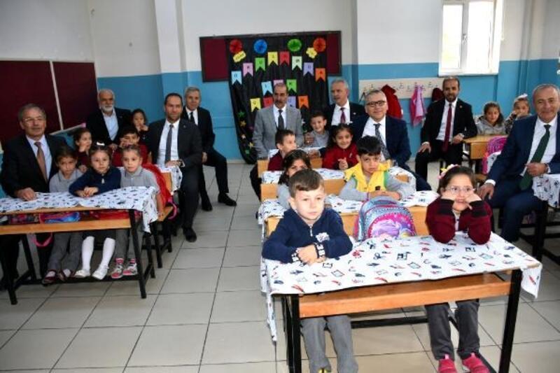 Niğde'de İlköğretim Haftası törenle başladı