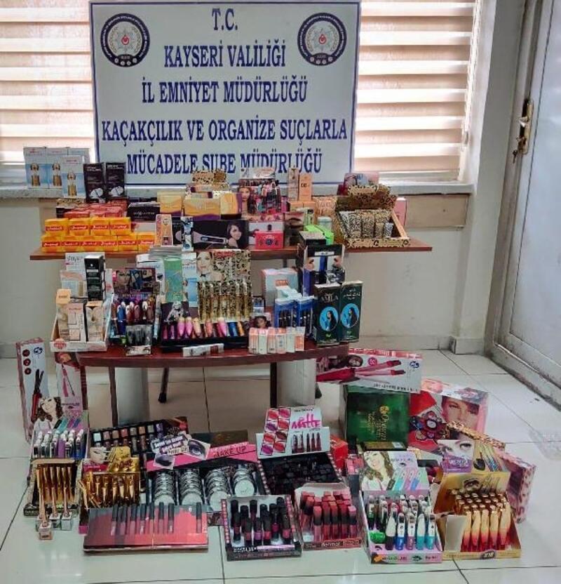 Kayseri'de kaçak eşya ve kozmetik ürün operasyonu