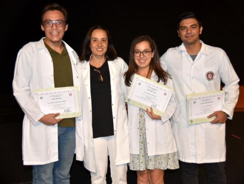 Tıp Fakültesine başlayan öğrencilerin beyaz önlük heyecanı