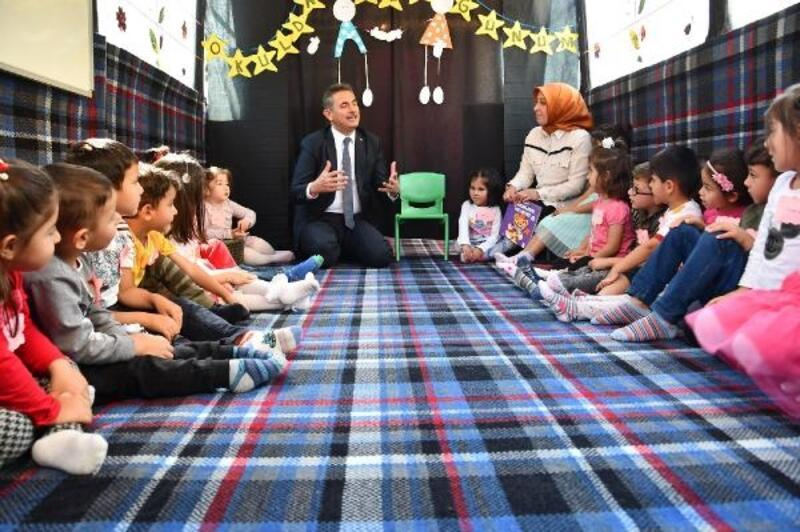 Başkan Köse, 'Mobil Anaokulu'nu ziyaret etti