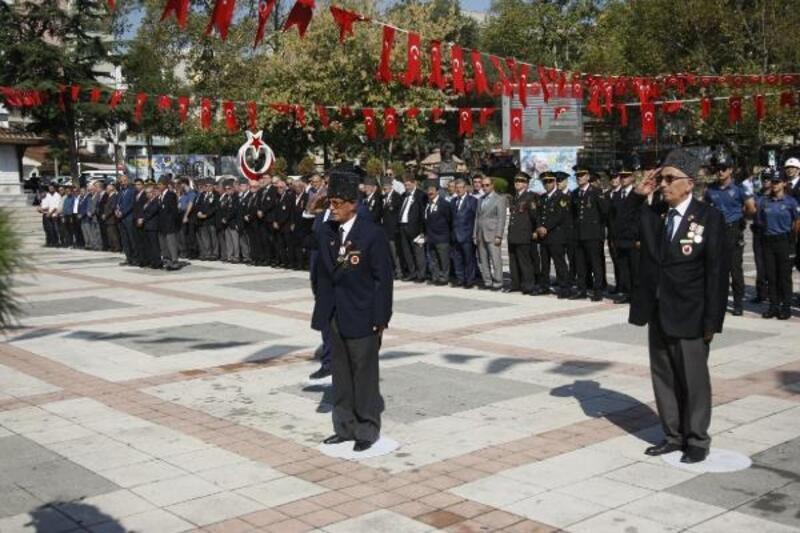 Orhangazi'de Gaziler Günü törenlerle kutlandı