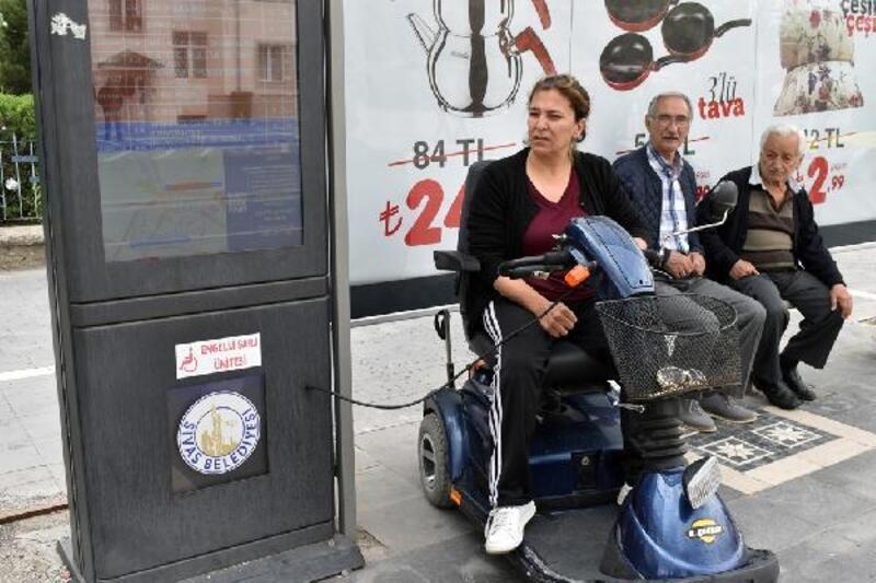 Sivas'ta sesli duraklar, engellilerin hayatını kolaylaştırdı