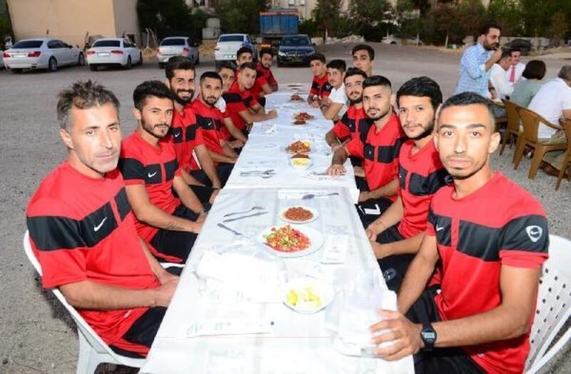 Kumluca Belediyespor'a moral yemeği
