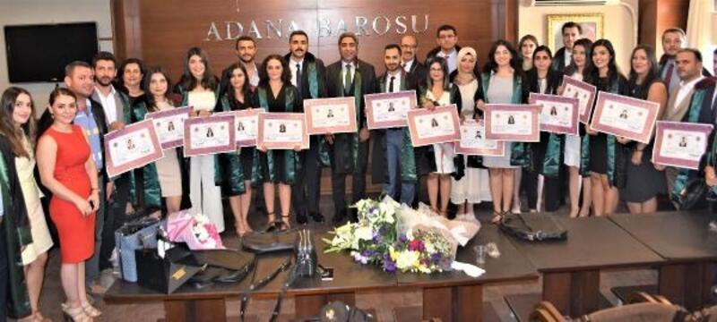 Adana Barosu'nda 15 stajyer avukat törenle mesleğe adım attı