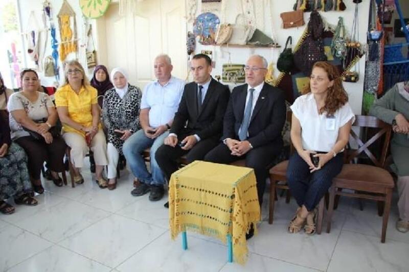Başkan Tosyalı, engelli kursiyerlerle bir araya geldi