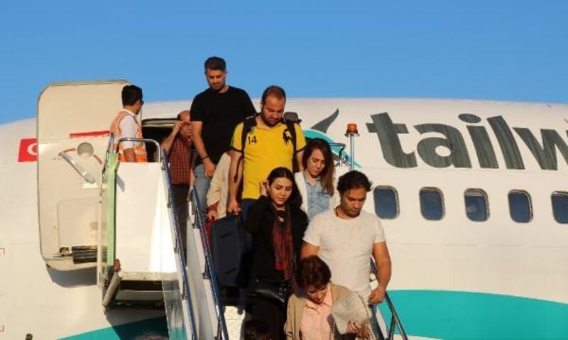 İran'dan Gazipaşa'ya ilk charter seferi
