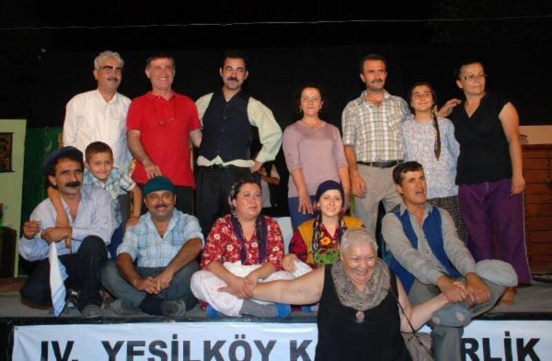 Yeşilköy'de yeniden tiyatro ateşi yanacak