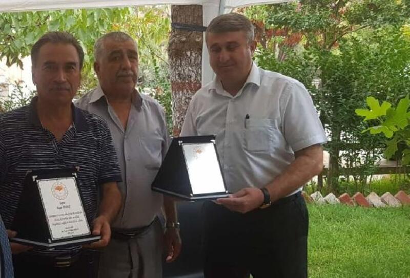 İslahiye'de emekliye ayrılan teknisyenlere plaket verildi
