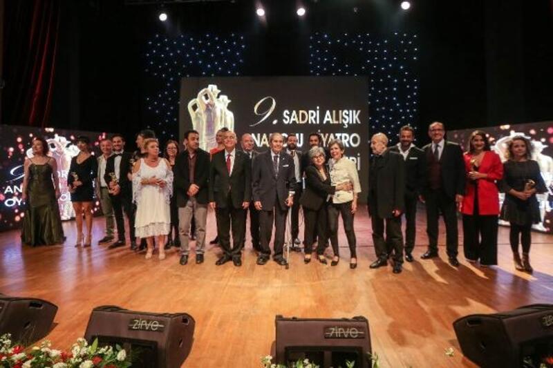 'Sadri Alışık Ödülleri' sahiplerini buldu