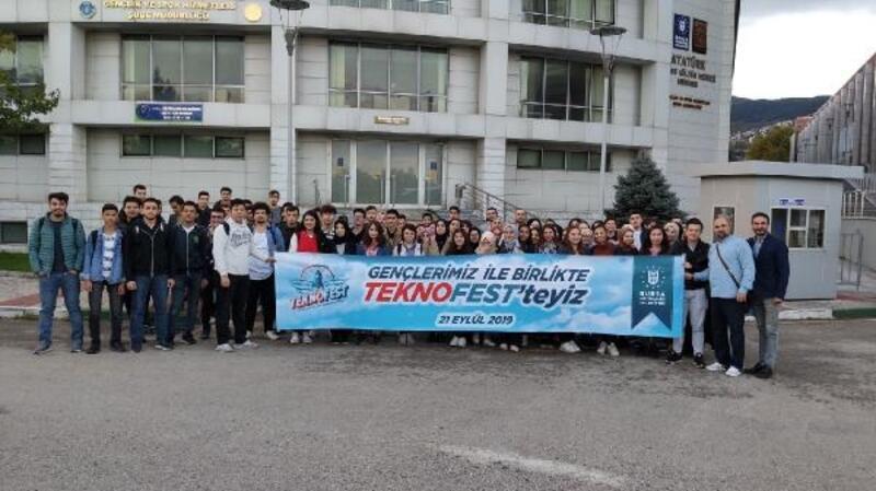 Bursa Büyükşehir Beldiyesi bilim meraklısı 132 genci TEKNOFEST'e götürdü
