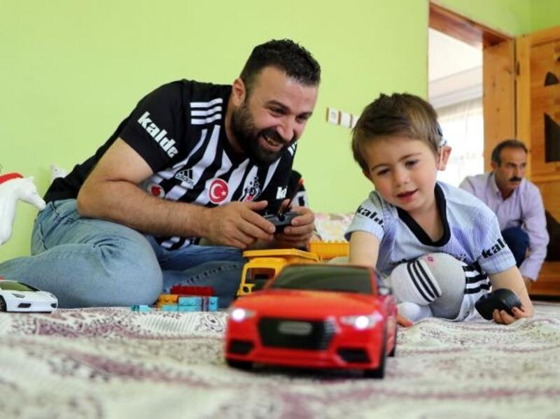 Van Beşiktaşlılar Derneği, minik Yusuf'un yüzünü güldürdü