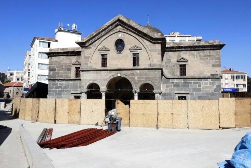 Tarihi kilise, kütüphane olarak hizmet verecek