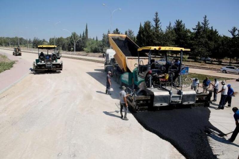 Balcalı Kampüsü Bulvarı'nda asfalt çalışması