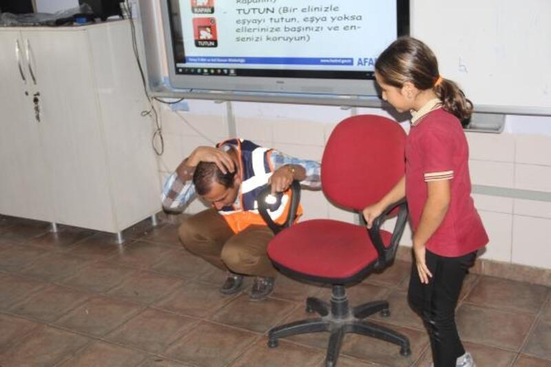 Öğrencilere 'afet' ve 'acil durum' dersi
