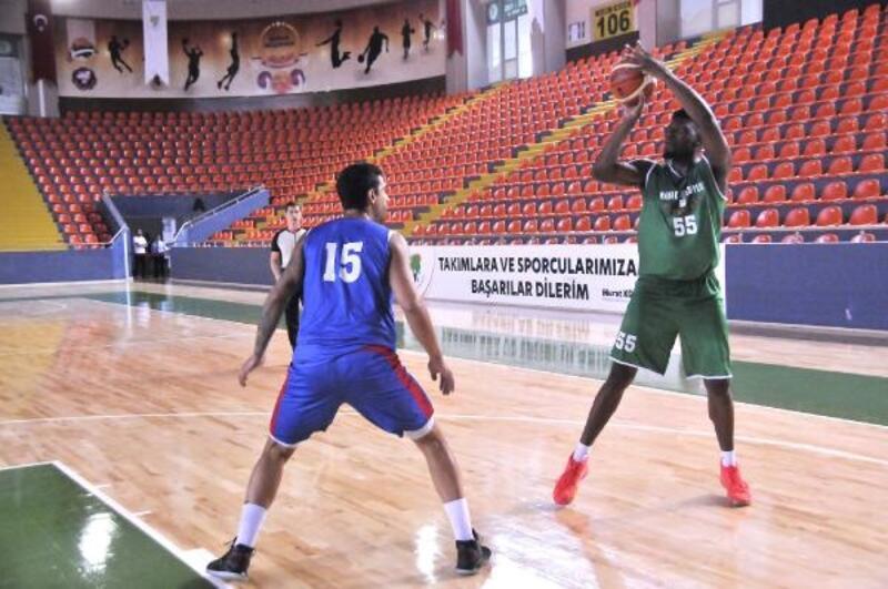 Mamak Belediyesi Basketbol Takımı, sezon öncesi moral depoladı