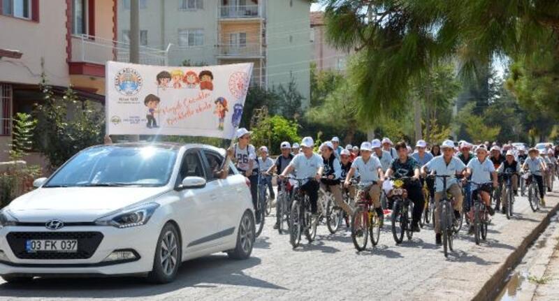 'Haydi Çocuklar Bisikletle Okula'