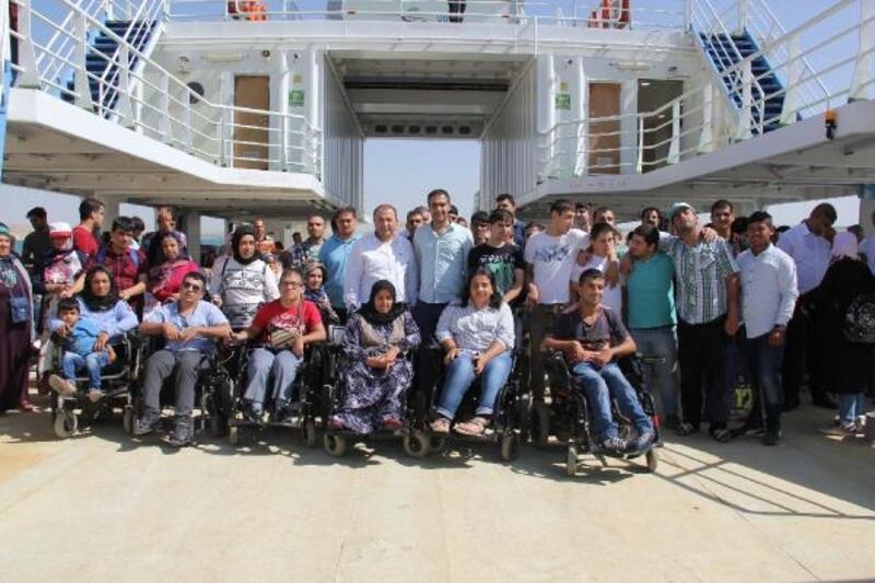 Engelliler Bozova tesislerinde stres attı