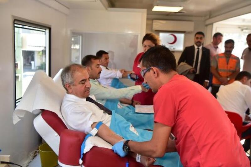 Başkan Yavaş'ın kan bağışı çağrısına yoğun ilgi
