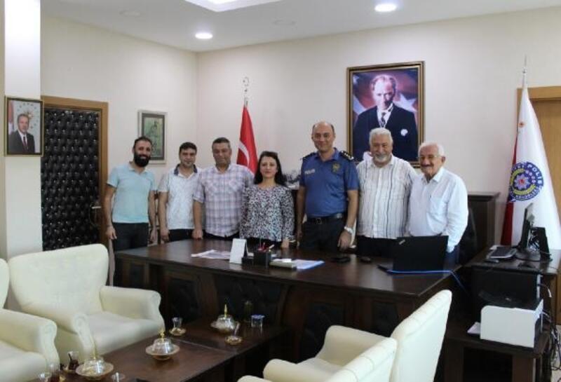 Ceyhanlı gazetecilerden Müdür Berberoğlu'na başarı dileği