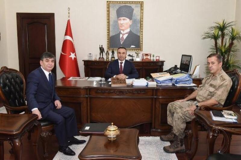 Emniyet Müdürü Karabulut'dan Vali Soytürk'e ziyaret